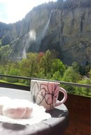 Lauterbrunnen-apartment-Ferienwohunung-coffee-on-balcony